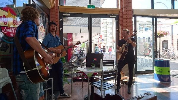 Koop nu met €10.000 aanbetaling - Lunch & Dinnercafé in winkelcentrum in het hart van Hoogeveen foto 11