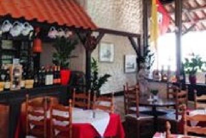 Italiaans restaurant pizzeria te koop op A-locatie! foto 2