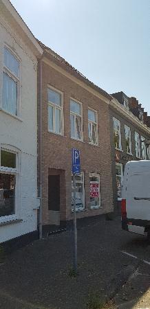 Casco winkel-, kantoor- of horecalocatie in centrum van Axel. foto 2