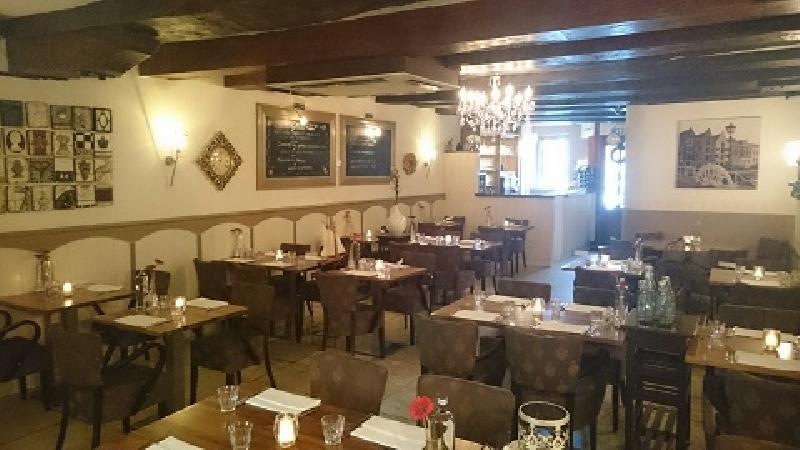 Sfeervol restaurant in monumentaal pand. foto 14