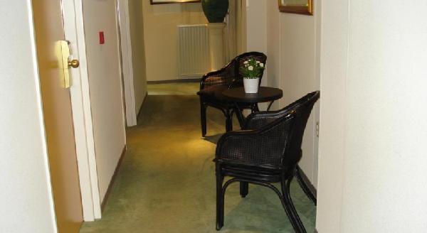 Beleggingspand te koop: verhuurd hotel in centrum van Terneuzen. foto 11