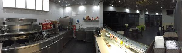 Cafetaria/snackbar te koop in dorpskern; zowel pand als inventaris. Mooi pand en jonge inventaris te koop; dit bedrijf is instapklaar. foto 13