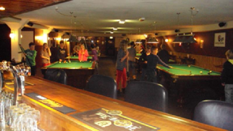 Steenwijk pool- snooker- dartcentrum MagicBalls VERHUURD foto 6