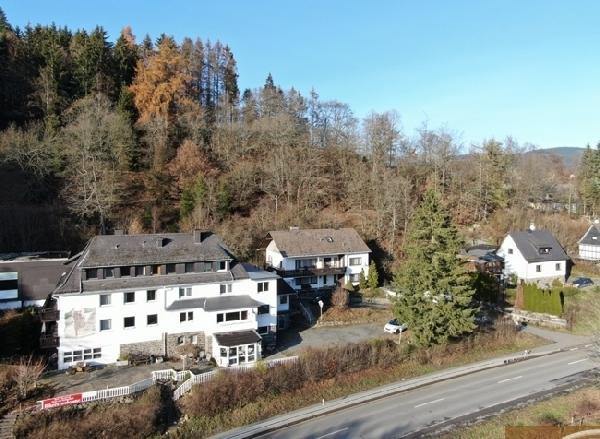 Hotel/Restaurant met 24 kamers in Sauerland foto 1