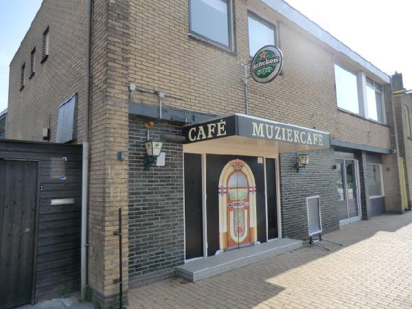 Nieuw Surhuisterveen VERHUURD tegen zeer aantrekkelijke voorwaarden te huur muziekcafe foto 3