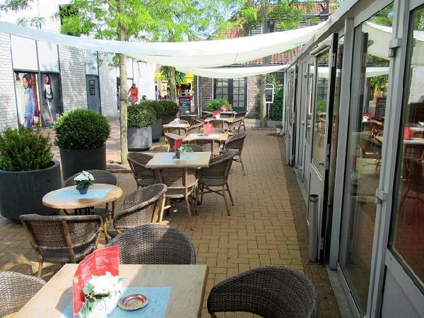 Burgum Brasserie / Restaurant VERHUURD foto 4