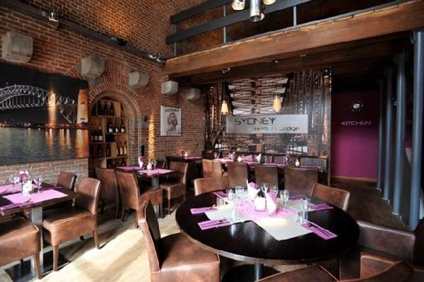 Sfeervol café-restaurant ter overname aangeboden in het centrum van Terneuzen. Zeer lage overname! foto 3