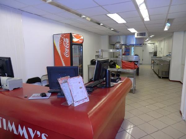 Zwolle pizzabezorging / afhaal volledig ingericht VERHUURD foto 8