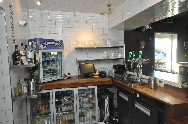 Te koop, goed Gezellig bekend staand Burgerbar-Restaurant met ruim terras in Barneveld    foto 11