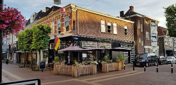 Eetcafé met Terras en Bezorgservice - Catering € 20.000,00