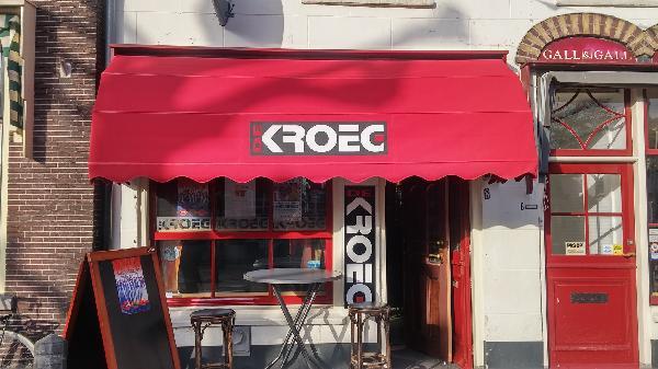 Café met 2 terrassen aan de Gracht en aanlegplaats rondvaartboot   foto 11