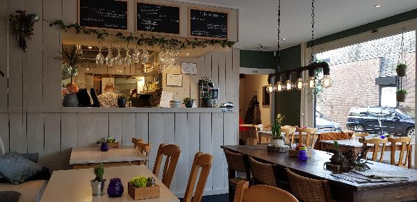 Eetcafé met Terras en Bezorgservice - Catering € 20.000,00 foto 8