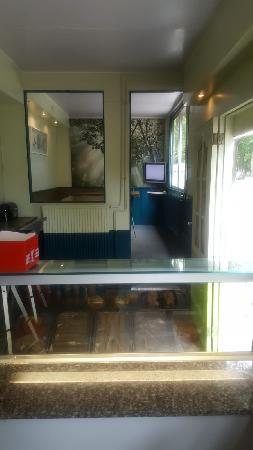 Friet & Snackfoodtruck Apeldoorn / Beekbergen standplaats op parkeerplaats/carpoolplaats  foto 17