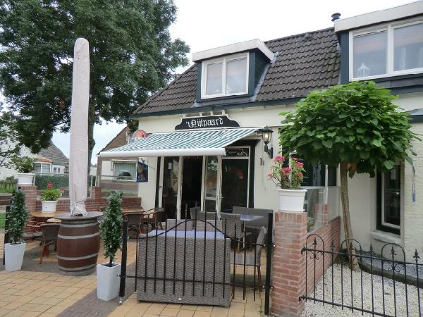 Marrum cafe met snackbar en bovenwoning VERHUURD foto 4