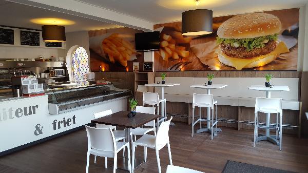 Instapklaar Cafetaria / Traiteur te huur/koop in IJzendijke. foto 1