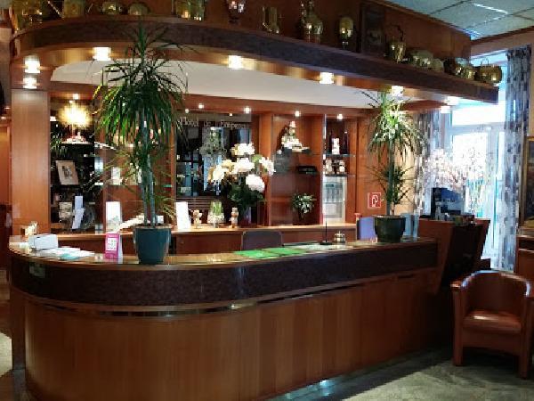 Hotel met restaurant en Grand café centrum Valkenburg foto 3