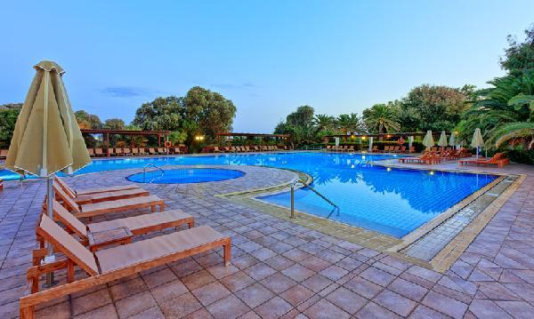 2 -5*  en 1- 4*+ de luxe hotels te koop op Kreta-Heraklion foto 3