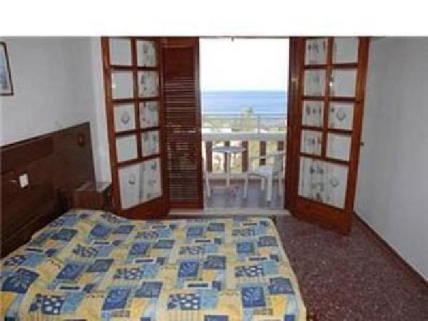 Mooi kleinschalig toeristisch hotel ter overname in Agios Nikolaos foto 8