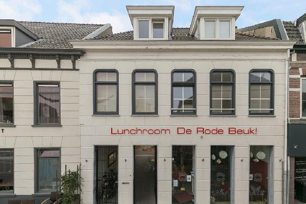 IJs-pannenkoeken-koffie-lunchroom op de Markt van Terneuzen starten? foto 1