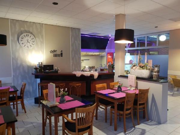 Imbiss Bistro Cafetaria Snackbar Emlichheim Duitsland foto 5