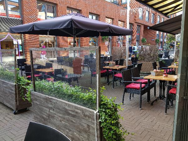 Cafetaria Eetcafé op super doorloop locatie in winkelcentrum met veel passanten  foto 12