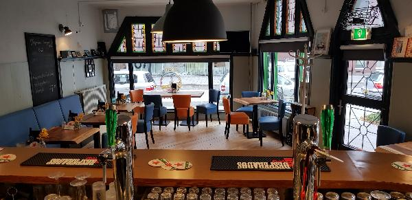 Eetcafé op driesprong aan doorgaande weg vanuit het centrum Deventer foto 12