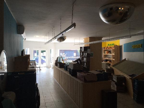 winkelruimte/horecapand, maar ook geschikt als kantoor of praktijkruimte foto 6