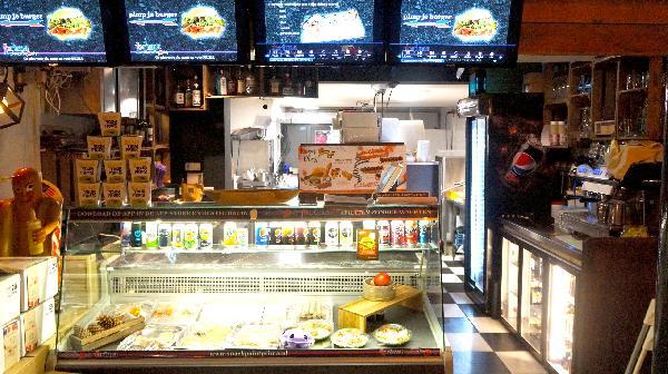 Cafetaria in volkswijk Eindhoven foto 4