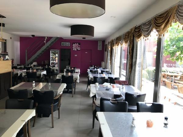 Italiaans restaurant te koop in Arendonk (B) foto 1