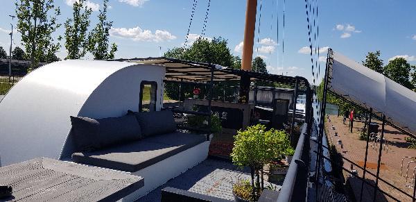 Pannenkoekenboot & à la carte restaurant Haven Noordzijde 65 foto 10