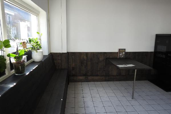 VASTGOED - VERKOCHT BINNEN 2 WEKEN - Horeca / Detailhandel hoekpand met woning op splitsing van wegen. foto 5