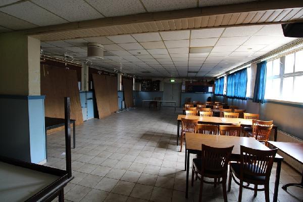 Café met bovenwoning en grote zaal in Philippine te koop. foto 6