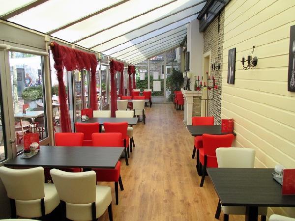 Burgum Brasserie / Restaurant VERHUURD foto 3