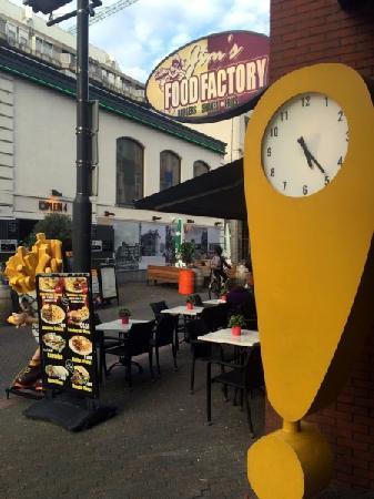 Cafetaria te koop met hoge omzet in uitgaanscentrum Eindhoven foto 3