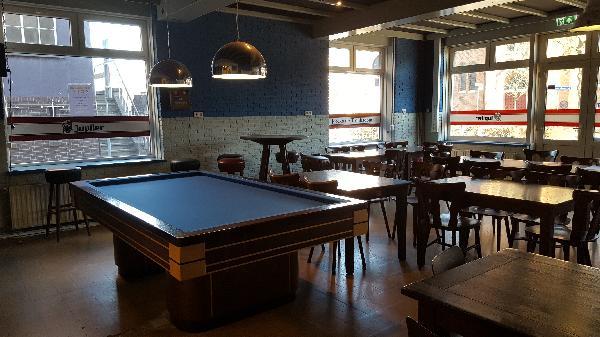 Café met bovenwoning en grote zaal in Clinge (Hulst) te huur. foto 5