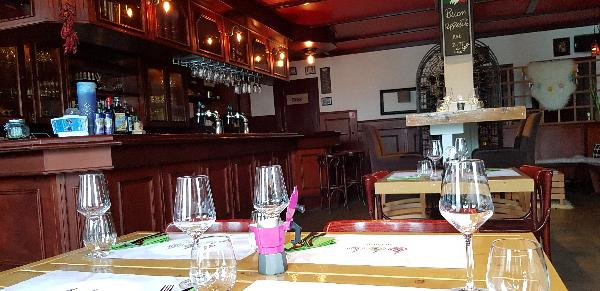 Restaurant op mooie zichtlocatie aan doorgaande wegen foto 1