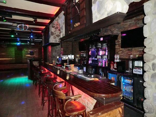 Buitenpost NIEUW overname inventaris Club39/Pub39 VERHUURD foto 5