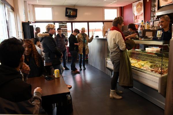 Cafetaria te koop met hoge omzet in Lelystad foto 8