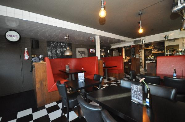 Te koop, goed Gezellig bekend staand Burgerbar-Restaurant met ruim terras in Barneveld    foto 6