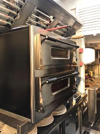 Il Pranzo Pizzeria en ijssalon in Middelburg foto 12