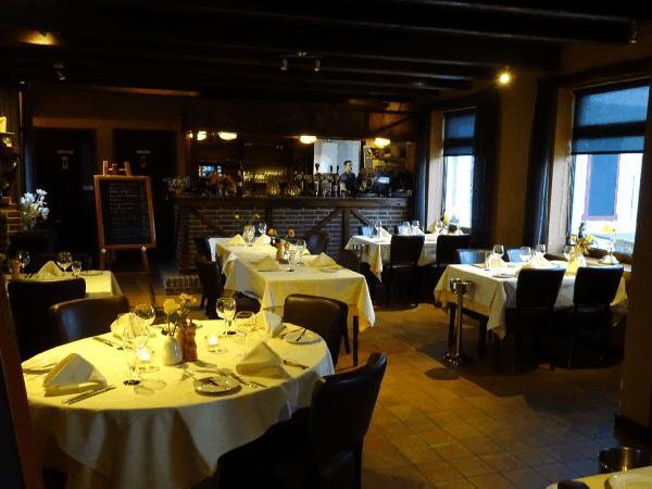 € 20.000,- Knus restaurant in de polders van Hulst aan de Westerschelde. foto 9