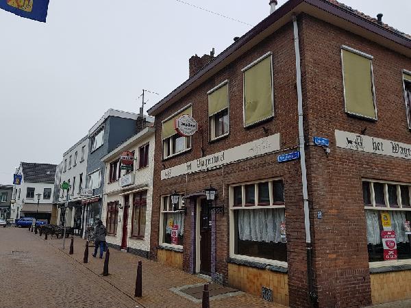 Te huur op de Markt in Axel gelegen zichtlocatie. Geschikt voor diverse horeca concepten. foto 6