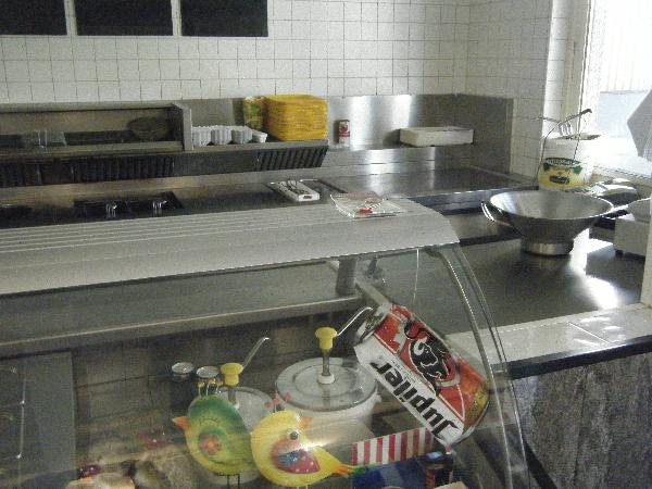 Ter overname: goed lopend cafetaria/snacktaria ideaal voor grillroom of Grieks eethuis. foto 2