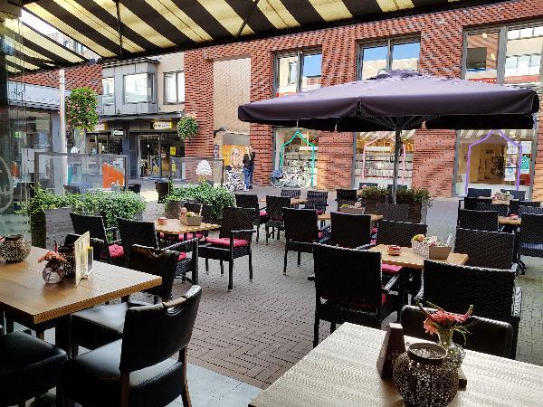 Cafetaria Eetcafé op super doorloop locatie in winkelcentrum met veel passanten  foto 10