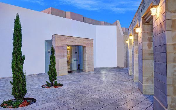 2 -5*  en 1- 4*+ de luxe hotels te koop op Kreta-Heraklion foto 9