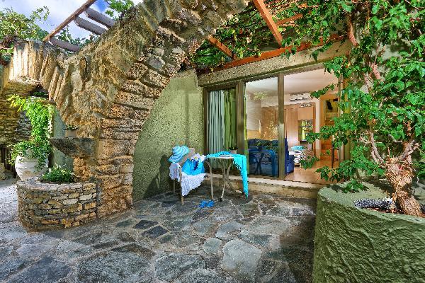 2 -5*  en 1- 4*+ de luxe hotels te koop op Kreta-Heraklion foto 10