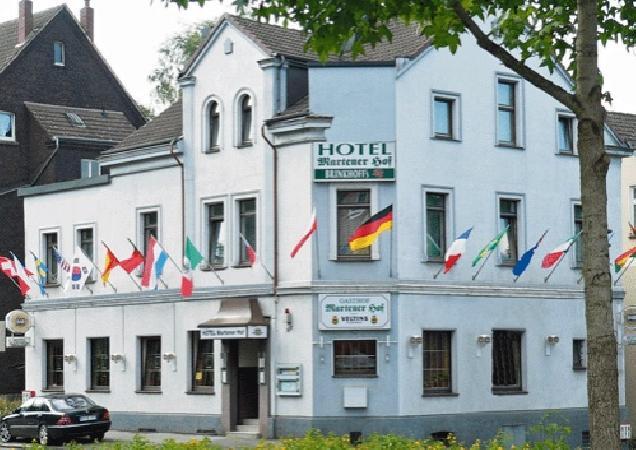 Hotel Martener Hof in binnenstad van Dortmund te koop aangeboden foto 1