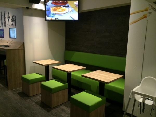 Cafetaria & Grillroom met ruim terras in centrum Veenendaal foto 5
